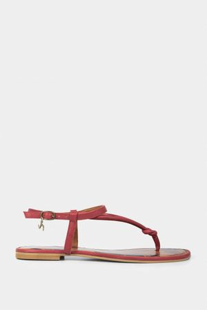 Sandalia de cuero tres puntadas